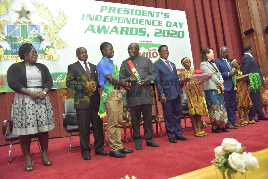 https://ges.gov.gh/wp-content/uploads/2020/08/Prez-Award11.jpg